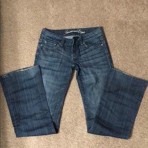 American Eagle favorite boyfriend jeans size 2L